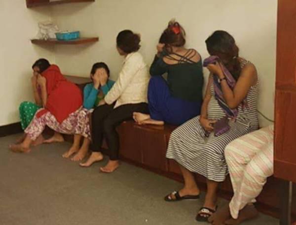 """Desmantelado un """"piso granja"""" en Camboya con 37 mujeres, julio del 2018. ¿Qué pasará con ellas? ¿Qué pasará a sus bebés?"""