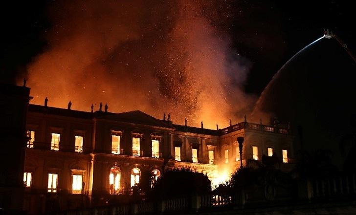 """Incendio consume el Museo Nacional de Río de Janeiro y causa """"daño irreparable"""". Foto: Reuters"""