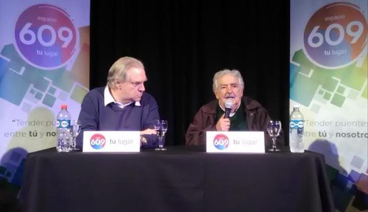 Juan Raúl Ferreira y José Mujica. Foto: LARED21.