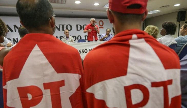 """Lula: """"Es hora de defender nuestro proyecto""""."""