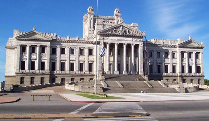 Parlamento-Uruguay-e