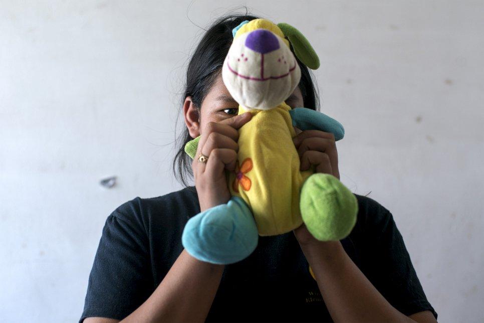 A los 13 años, Claudia llegó desde El Salvador a Chiapas, en el sur de México. Ahora, seis años después, se prepara para entrar en la universidad. Foto: ACNUR / Encarni Pindado