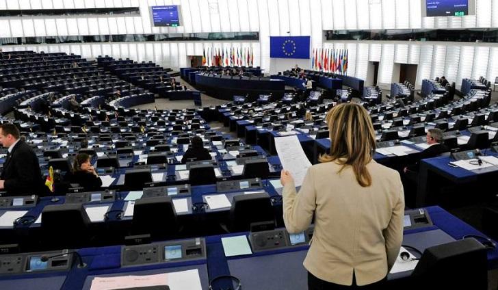 Informe: Un 25 % de parlamentarias europeas ha sufrido acoso sexual en el trabajo