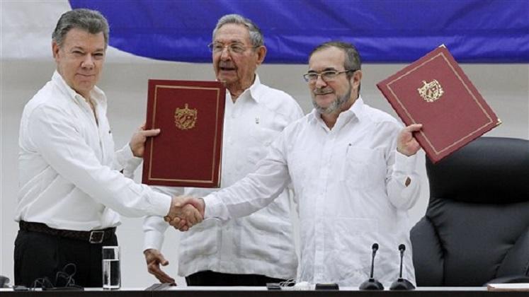 La pulla de Santos a Duque para que siga construyendo la paz