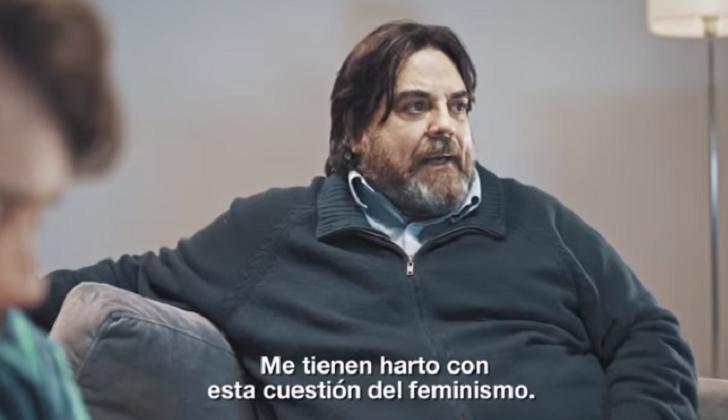 Campañas protagonizadas por hombres sobre la violencia invisible contra las mujeres se vuelven virales.