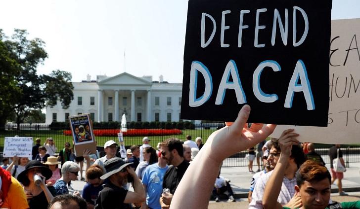 Corte de apelaciones ordena a Trump mantener el DACA.