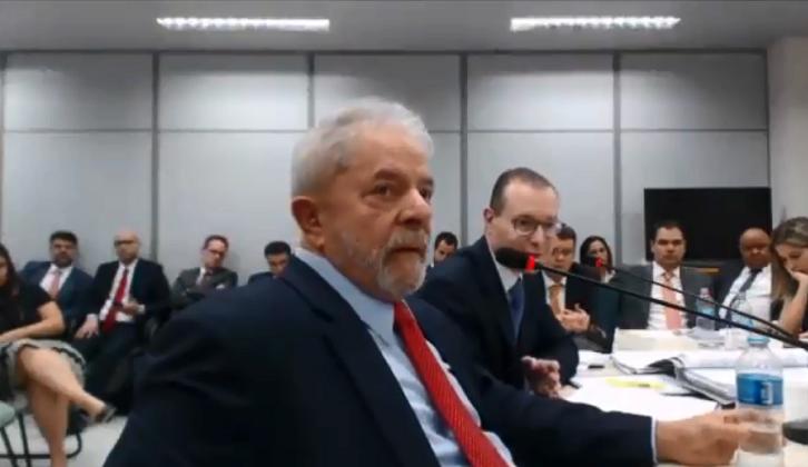"""Lula volvió a declarar: """"Soy víctima del mayor proceso de mentiras que Brasil haya conocido""""."""