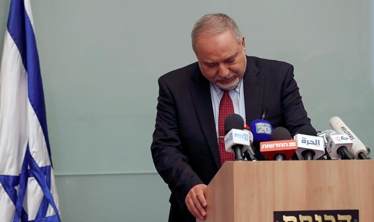 Renunció el ministro israelí de Defensa Avigdor Lieberman tras la tregua en Gaza