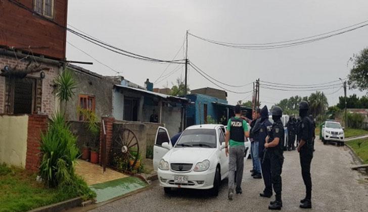 Operativo policial en San Carlos. Foto: Ministerio del Interior.