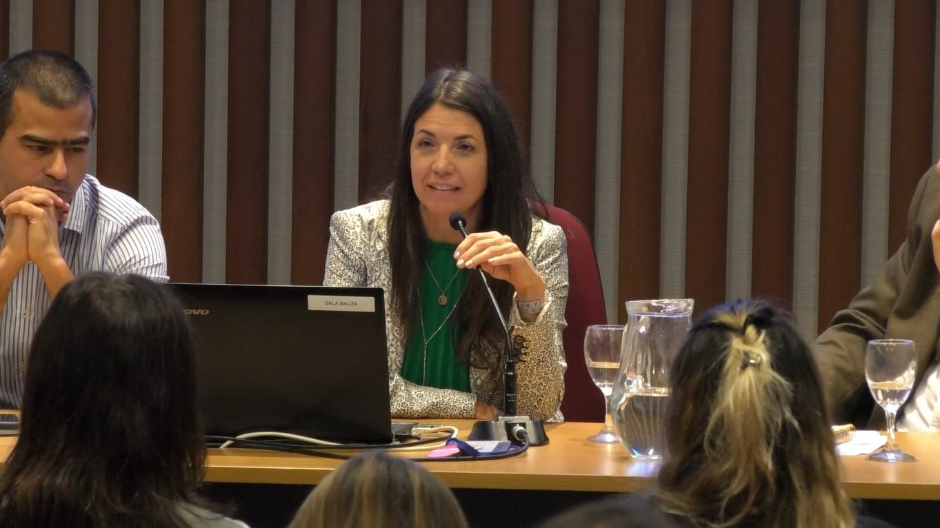 Virginia Fasano, licenciada en psicología, profesora y consultora en Recursos Humanos.