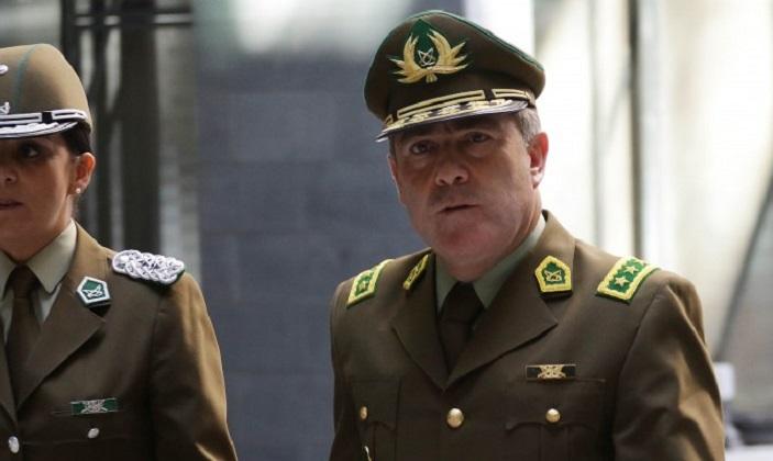 """Jefe de Carabineros: """"No podemos seguir por el camino de la mentira y el abuso de poder""""."""