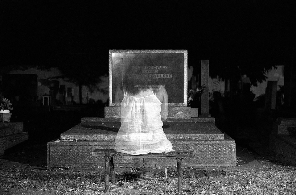 ghost-1280683_960_720