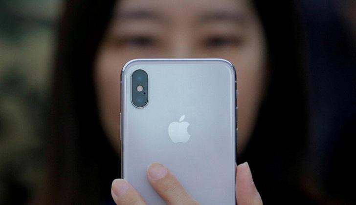 China prohíbe la venta de varios modelos de iPhone por una disputa de patentes.