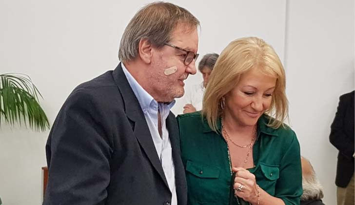 El presidente de INACOOP, Gustavo Bernini junto a la ministra de Industria, Carolina Cosse.