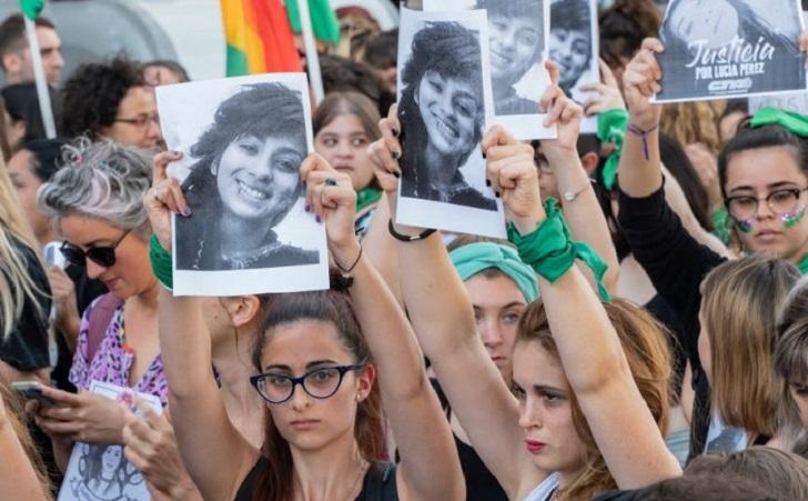 Miles de mujeres pararon y marcharon en repudio al fallo de Lucía Pérez.