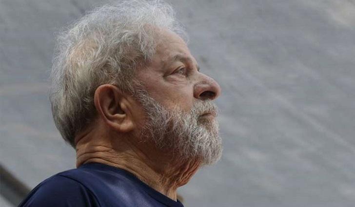 STF brasileño suspendió análisis del hábeas corpus presentado por la defensa de Lula.