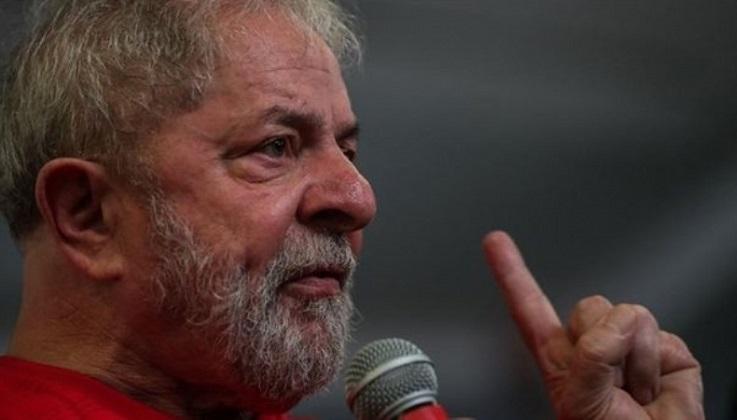 """Lula: """"Bolsonaro ya mostró que será totalmente subordinado a Trump"""""""