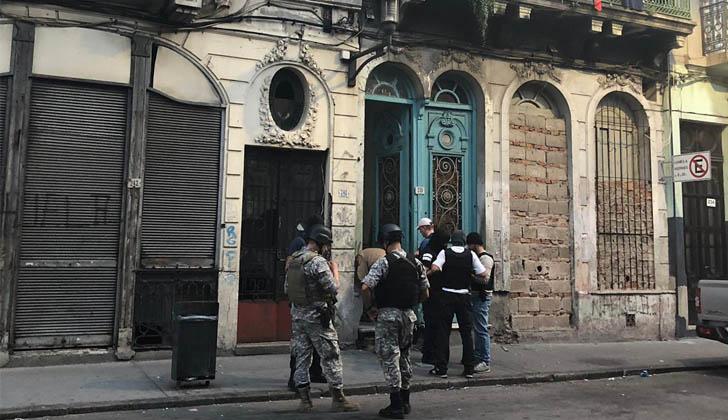 Operativo contra bandas delictivas en Ciudad Vieja. Foto: Ministerio del Interior.