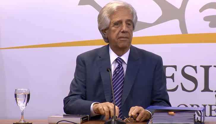 Vázquez anuncia la decisión de no hacer lugar al pedido de asilo político del ex presidente de Perú Alan García.