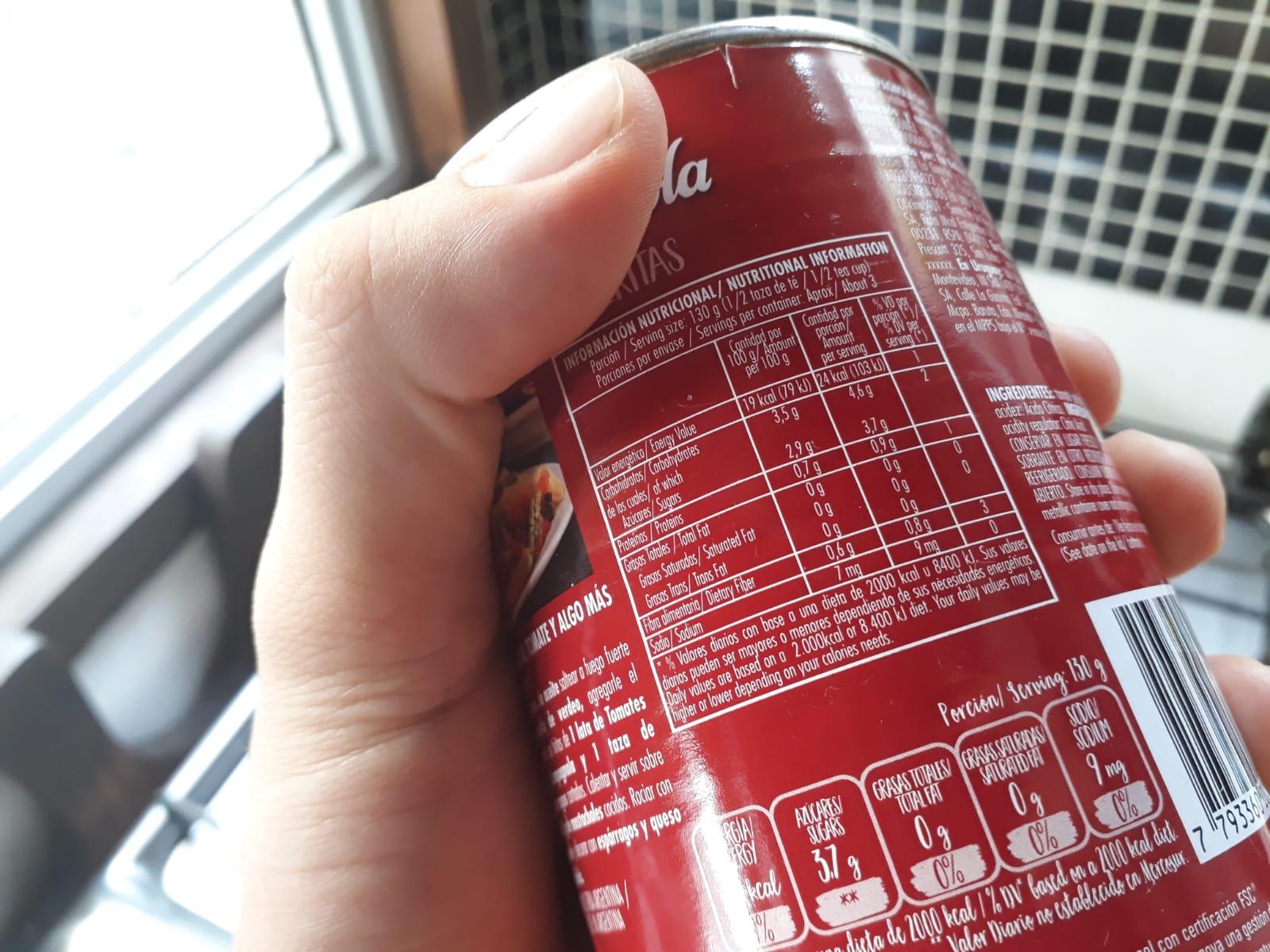 Las etiquetas nutricionales tienen información sumamente importante. Foto: Carlos Loría - LARED21