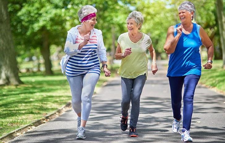 Seis meses de ejercicio pueden revertir el deterioro cognitivo leve