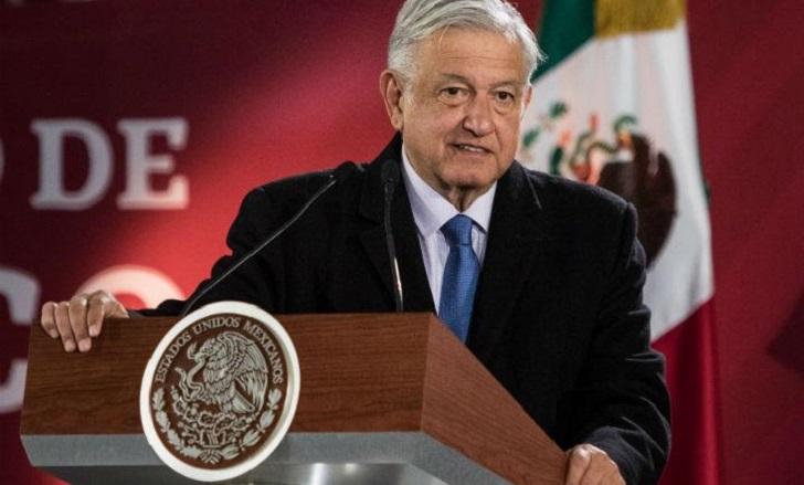 """López Obrador sobre explosión del ducto: """"No descartamos versión de sabotaje""""."""