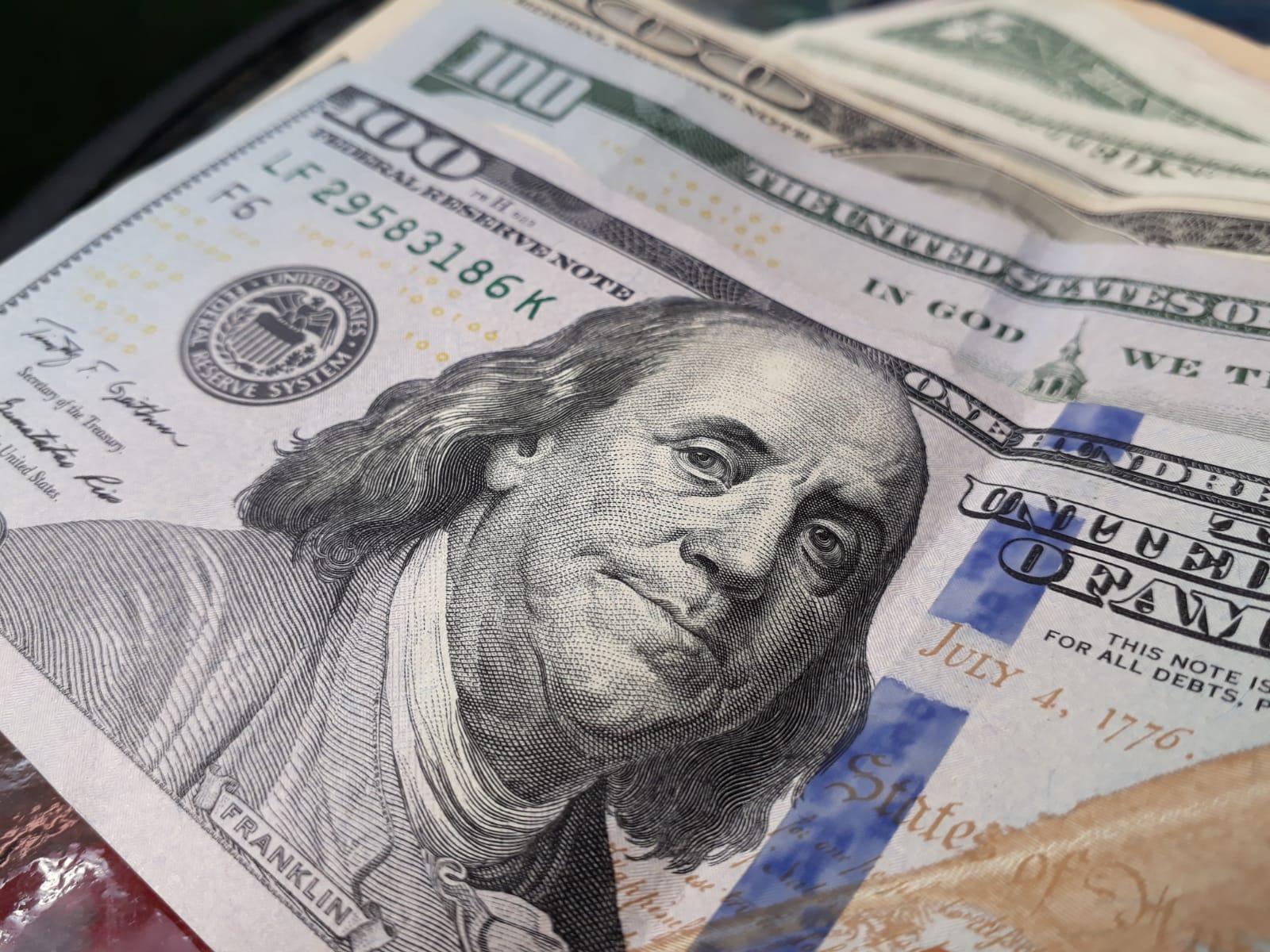 Gobierno emitió un nuevo bono en dólares con vencimiento en 2031