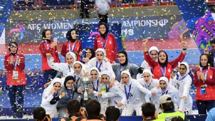El estadio nacional de Irán acogerá por primera vez a la selección femenina.