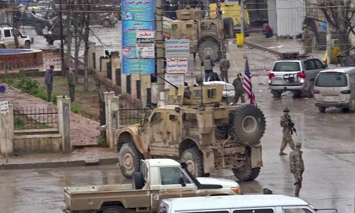 Al menos 20 muertos tras un atentado en la ciudad siria de Manbij .