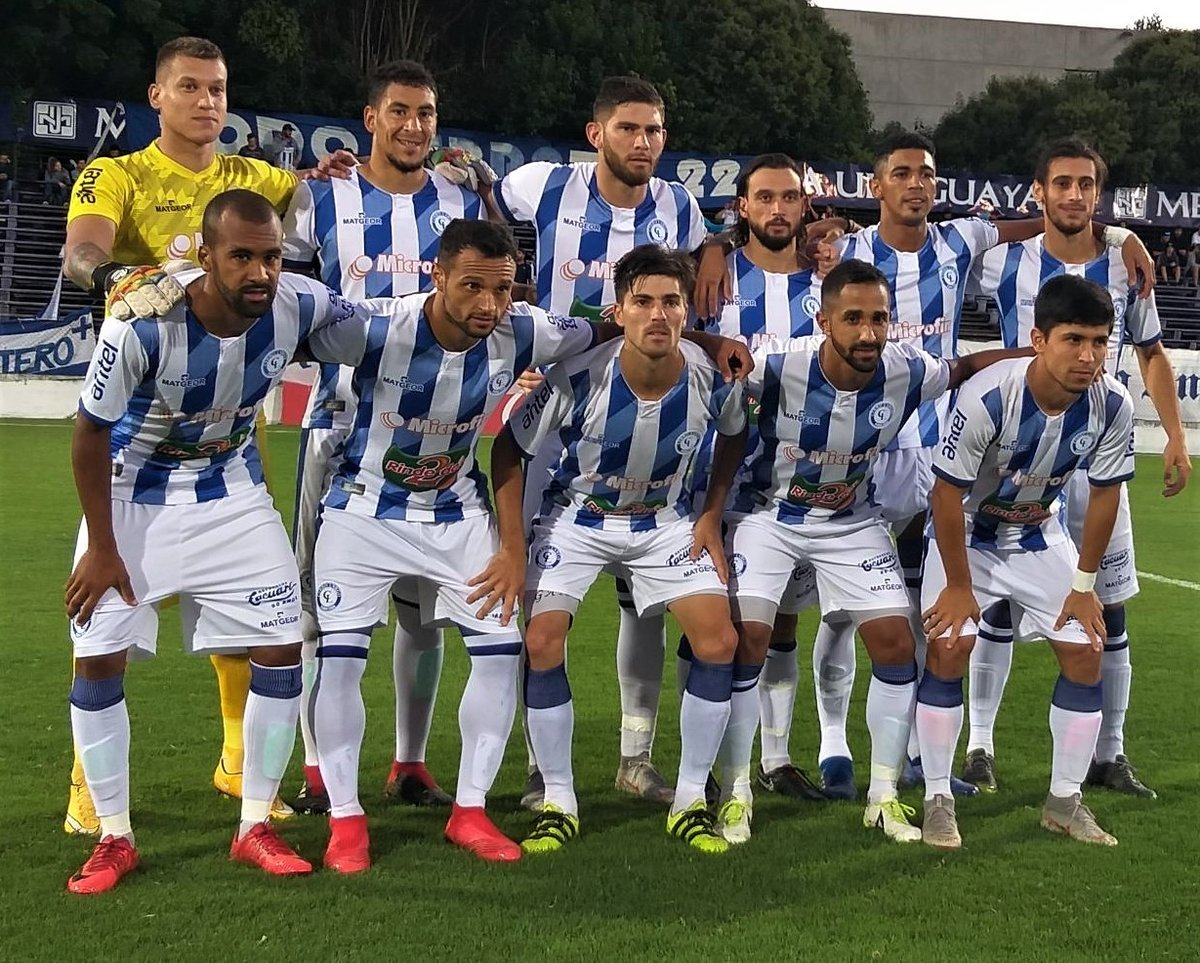 more photos 81b14 8b86a Cerro Largo le ganó 3-0 a Defensor Sporting. Por la segunda fecha del ...