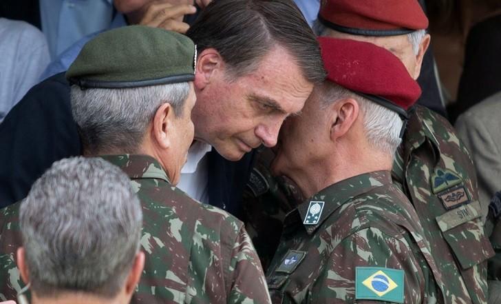 Militares comandan más de un tercio de los ministerios en Brasil