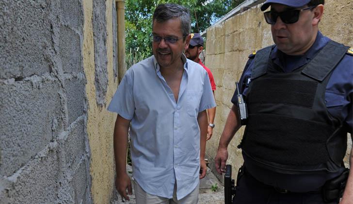 Director de Convivencia y Seguridad Ciudadana, Gustavo Leal en Operativo Mirador en barrio Talca. Foto: Presidencia de la República.
