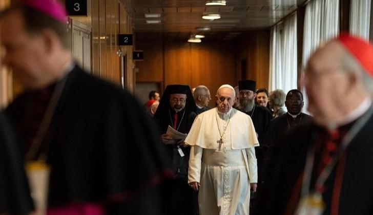 "Papa Francisco: ""todo feminismo acaba siendo un machismo con falda"""