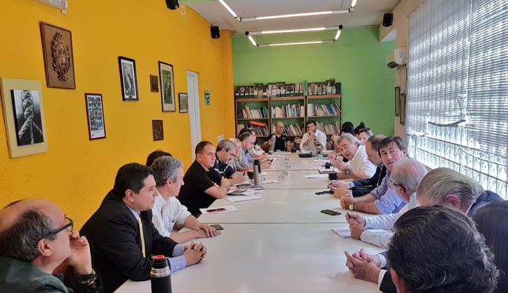 El PIT-CNT recibió a Larrañaga y su equipo.