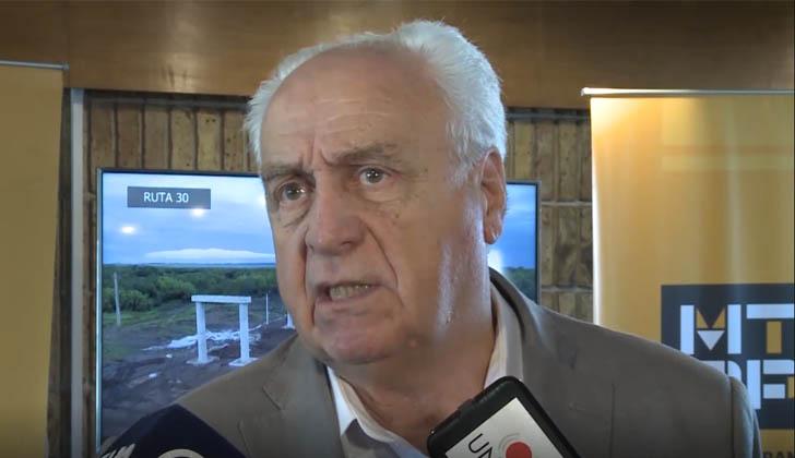 Ministro de Transporte y Obras Públicas, Víctor Rossi.