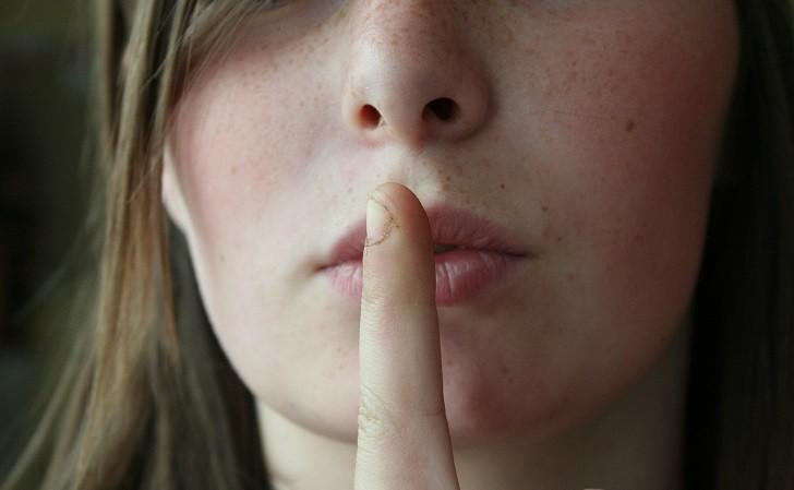 """Los secretos vergonzosos nos """"dañan"""" más que los de culpabilidad"""