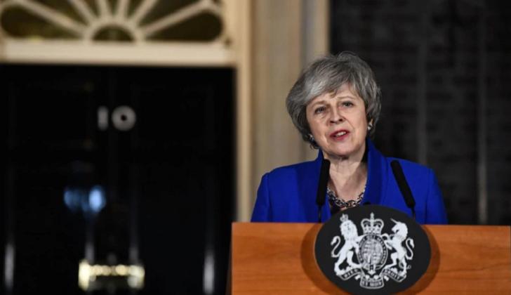 May abre posibilidad de retrasar el Brexit si el Parlamento rechaza su acuerdo.