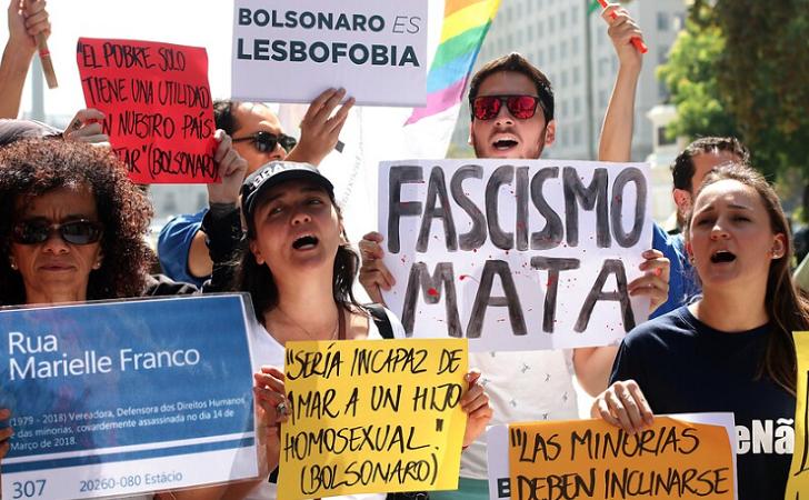 La visita de Bolsonaro provoca tres días de protestas en Chile.
