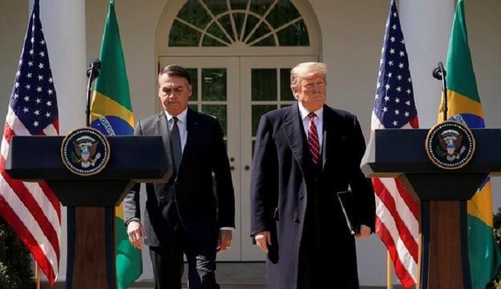 """Trump a Bolsonaro: """"El declive del socialismo ha llegado a nuestro hemisferio""""."""