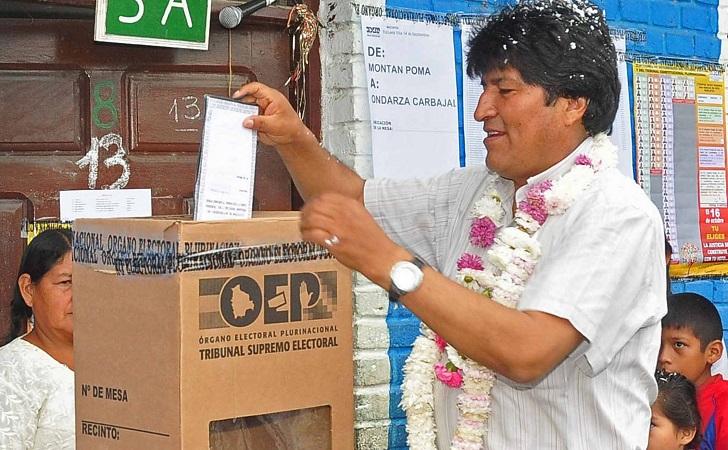 Bolivia: las elecciones presidenciales serán el 20 de octubre. Foto ilustrativa Evo Morales votando.