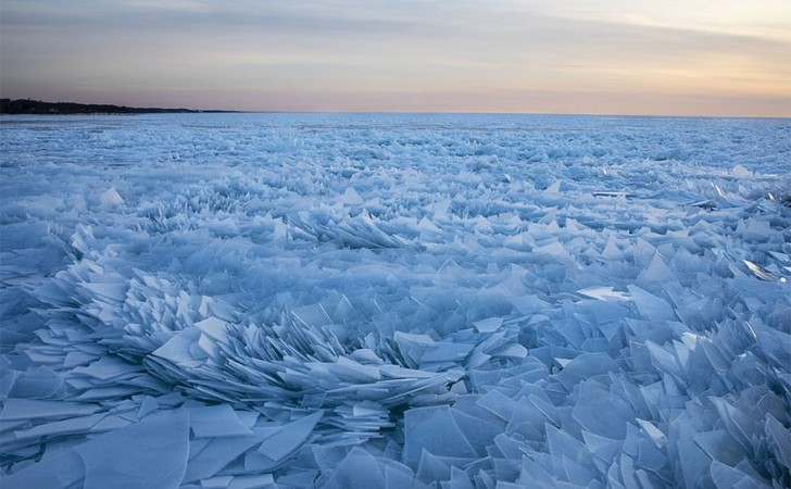 ice-shards-frozen-lake-michigan-2-5c934d89f0b6b__880