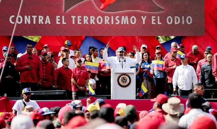Maduro denunció un plan para asesinarlo encabezado por Guaidó