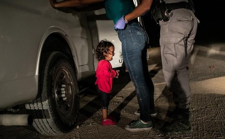 La imagen de una niña llorando en la frontera de Texas ganó el World Press Photo