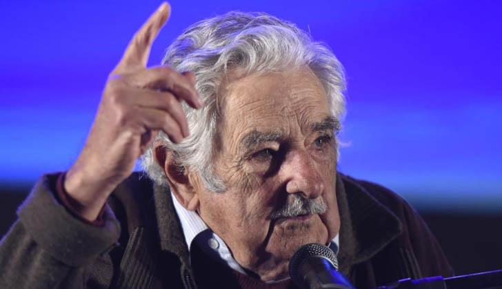 Mujica hace uso de la palabra en el acto por los 30 años del MPP. Foto. MPP.