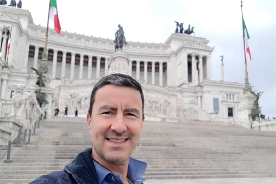 Caio Mussolini frente al Parlamento italiano