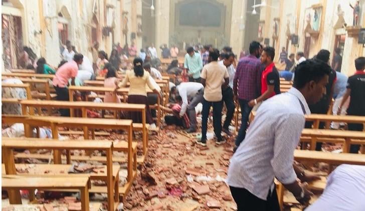 Al menos 190 muertos y 500 heridos tras 8 explosiones contra iglesias y hoteles en Sri Lanka.