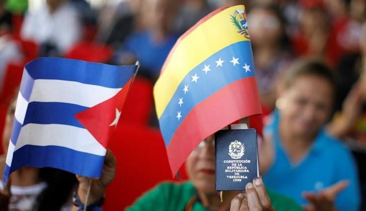 """Rusia apoyará a Cuba y Venezuela frente a las """"sanciones ilegales"""" de Estados Unidos."""
