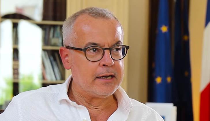 Embajador de Francia en Uruguay, Hugues Moret.