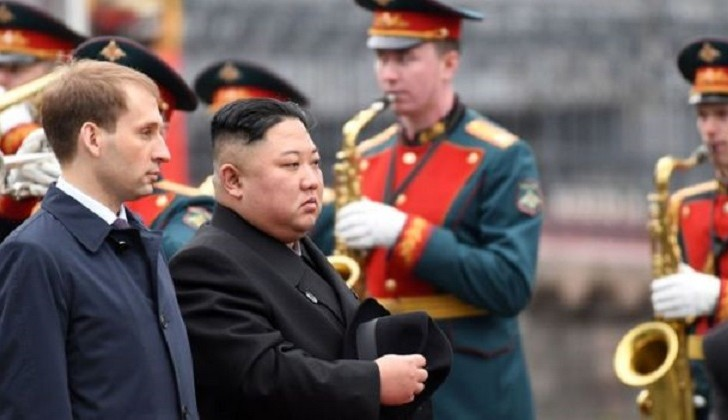 Kim Jong-un llega a Rusia para una cumbre histórica con Putin