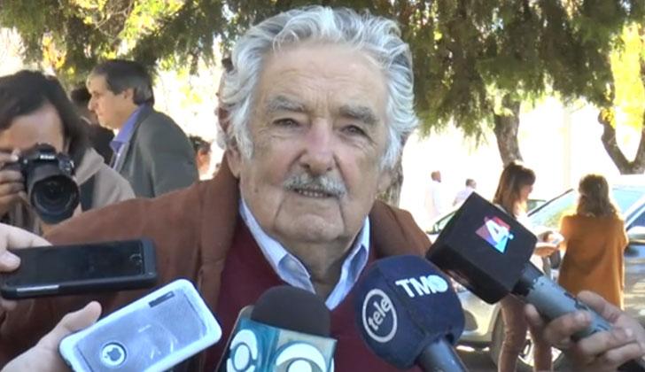 José Mujica asistió al sepelio de Jorge Menéndez, en Durazno.
